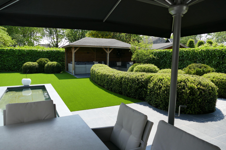 Een onderhoudsvriendelijk en exclusief tuinontwerp voor zowel grote als kleine tuinen.