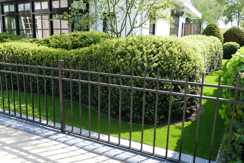 Direct bij oplevering kunt u genieten van uw volwassen tuin.
